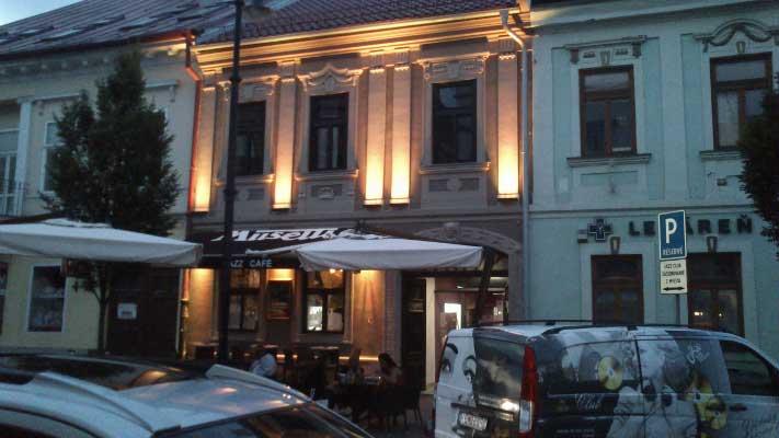 JAZZ Club Caffe Restaurant